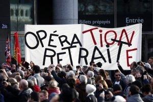 Manifestació a Paris contra la reforma de les pensions el 17 de desembre. © Ian Langsdon/Efe
