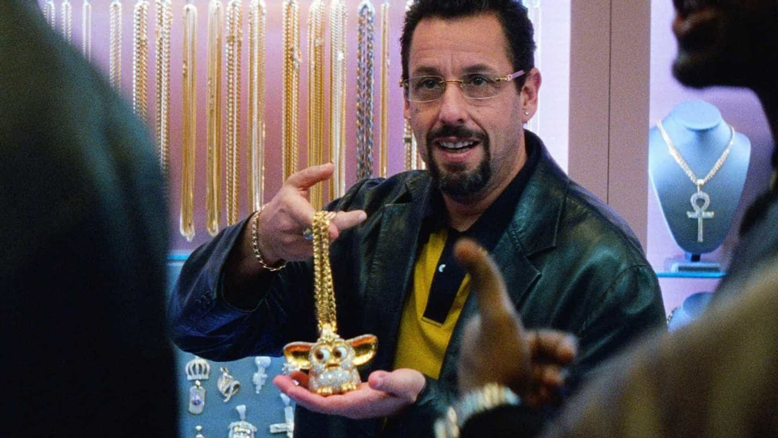 Adam Sandler en un fotograma de Diamantes en Bruto.