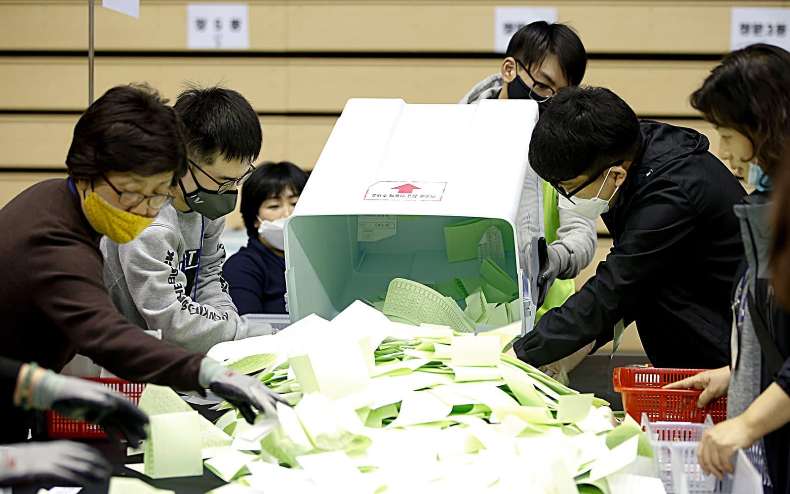 Corea del Sud ha celebrat eleccions el 15 d'abril, en plena pandemia. Fotografia d'Efe