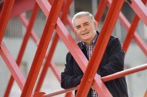 Josep López de Lerma al pont de les Peixateries Velles de Girona el 30 de setembre. Fotografia de Xavier Jubierre.
