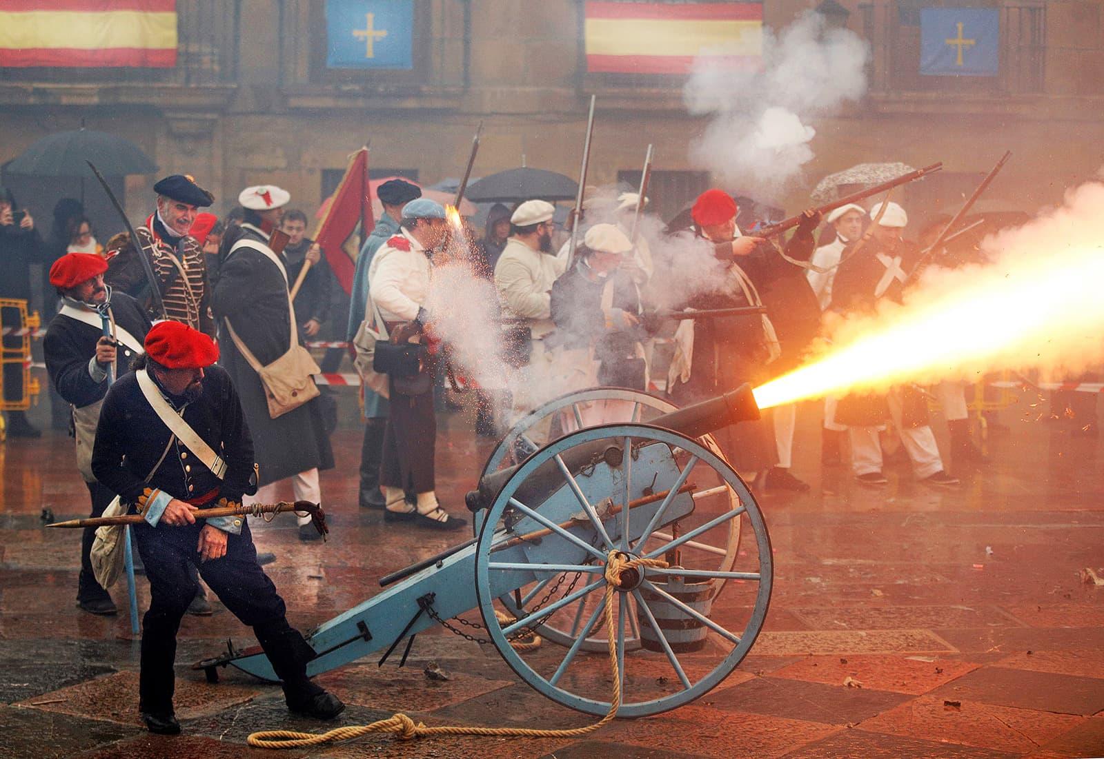 Commemoració de les Guerres Carlines a Oviedo el 2019. Fotografia d'Alberto Morante. Efe.