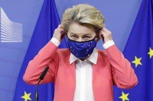 La presidenta de la Comissió Europea, Ursula von der Leyen, després d'una reunió amb Boris Johnson, el 13 de desembre. Fotografia d'Olivier Hoslet. Efe.