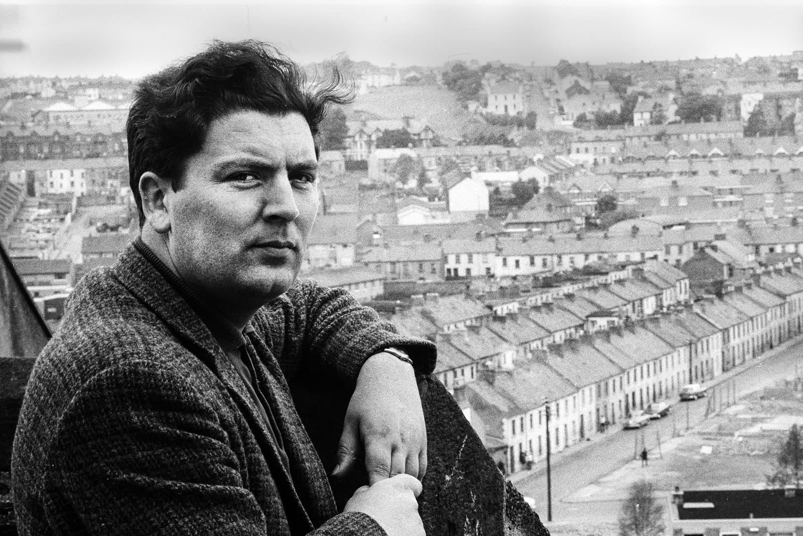 John Hume al barri catòlic de Bogside de Londonderry, Irlanda del Nord, el 1970. Fotografia de Leif Skoogfors. Getty Images.