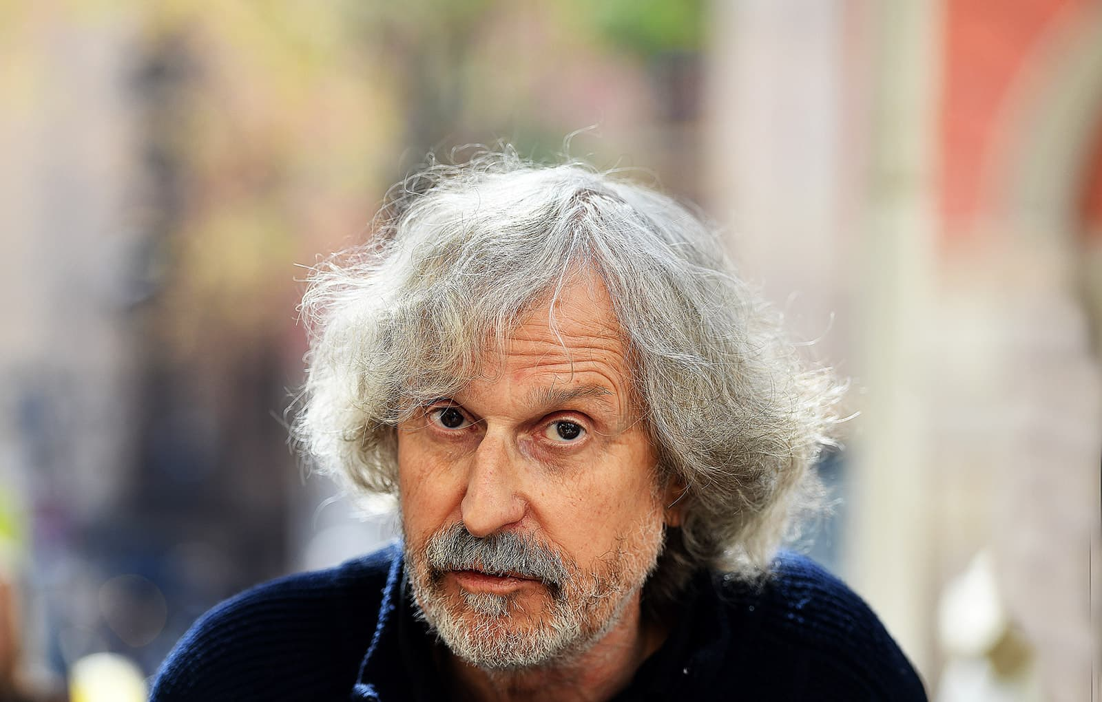 Josep Maria Fradera a la plaça de la Vila de Gràcia, el 22 de març. Fotografia de Xavier Jubierre.