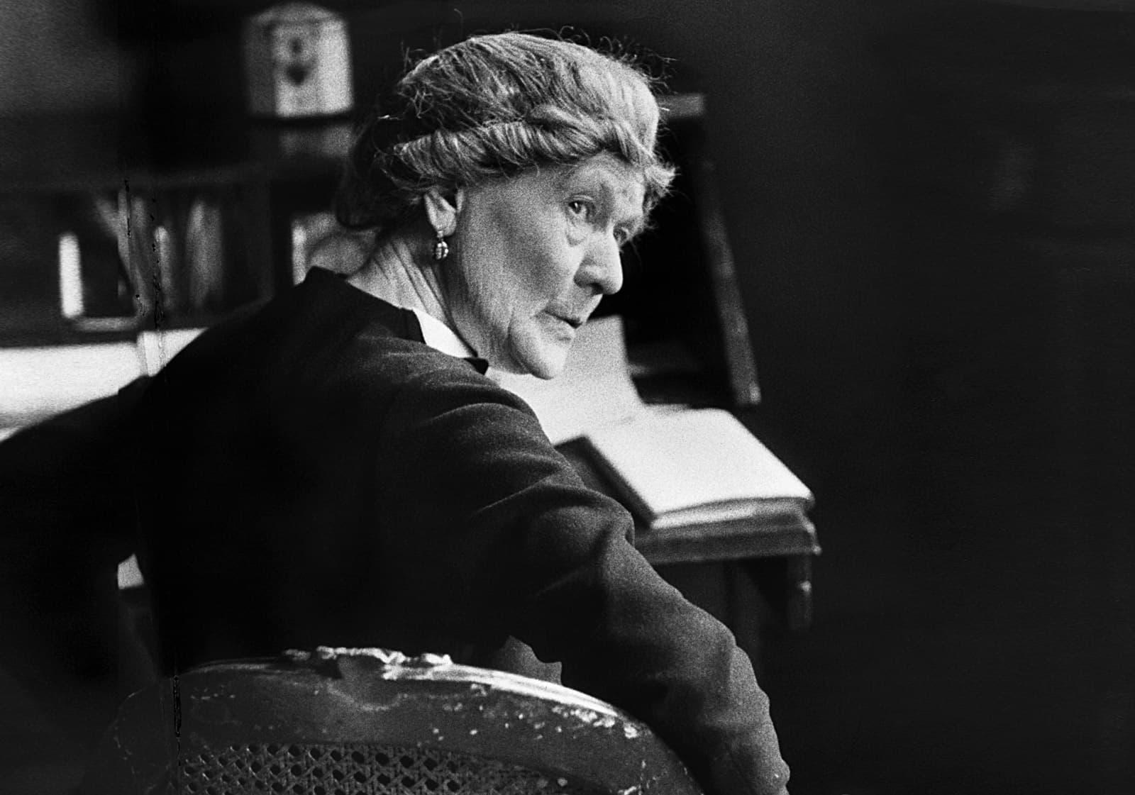 La novel·lista Ivy Compton-Burnett (1892-1969) en una imatge de 1967. Fotografia de Hulton-Deutsch Collection/CORBIS/Corbis via Getty Images.
