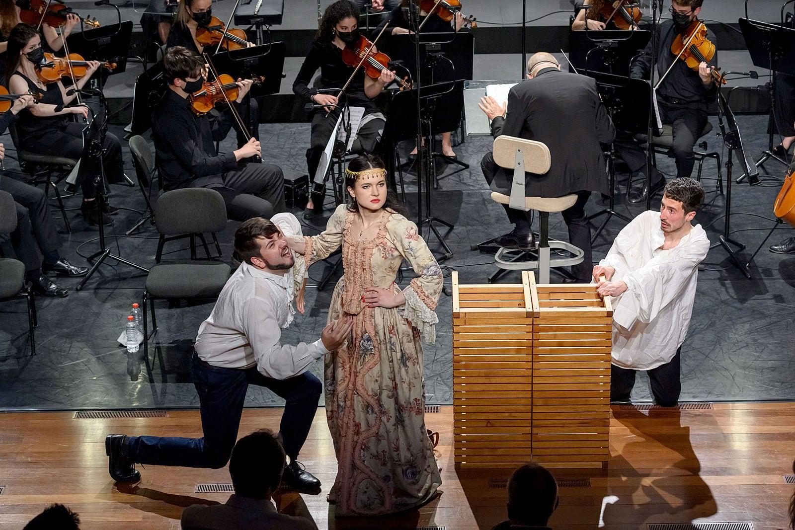 Representació de La principessa filosofa pels estudiants de l'escola de música al Liceu, el 30 d'abril. Fotografia D'Antoni Bofill.