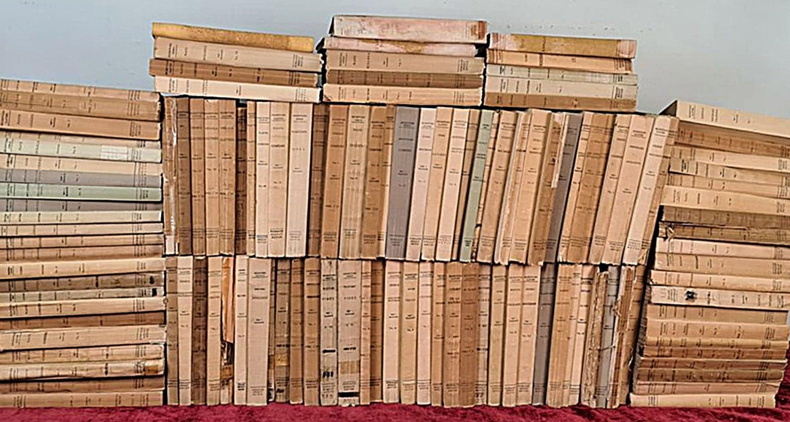127 volums de la col lecció de clàssics de la Fundació Bernat Metge.