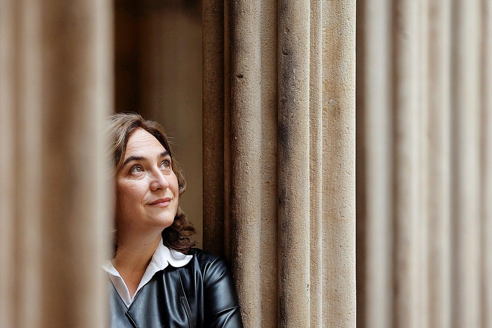 Ada Colau retratada a l'Ajuntament, el mes de maig del 2021. Fotografia de Quique García. Efe.