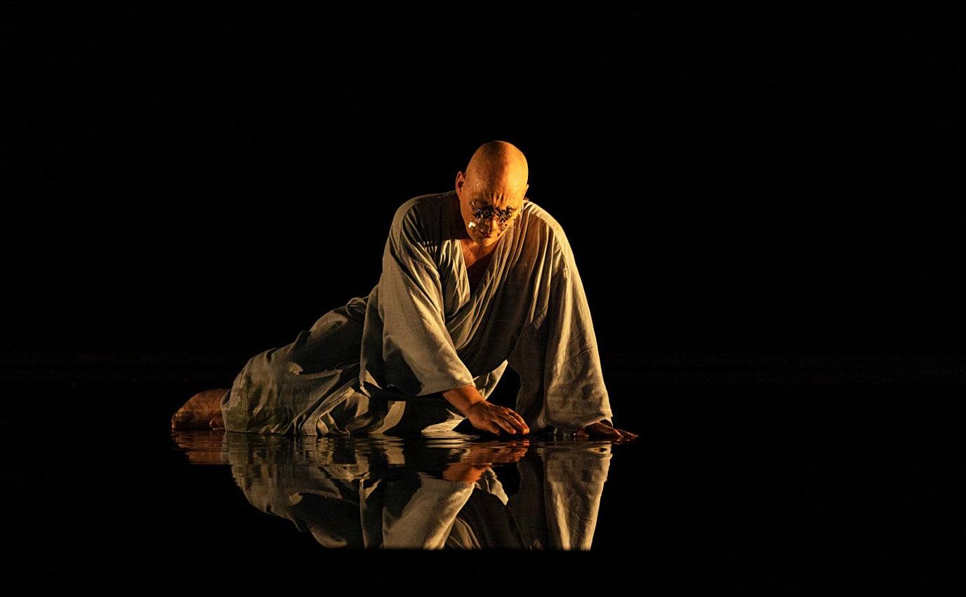Christopher Maltman (Èdip), en una escena de l'ùltim acte d''Oedipe', d'Enescu, a l'Opéra de Paris. Fotografia de Elisa Haberer / Opera national de Paris